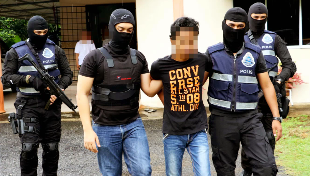 Lecturer and Jobless Man Facing the Death Penalty in Malaysia for Dealing Drugs Bought off the Darknet