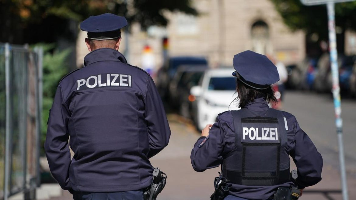 Customers are Being Investigated After German Police Arrest 3 Men With Kilos of Marijuana, Opium, and Cocaine